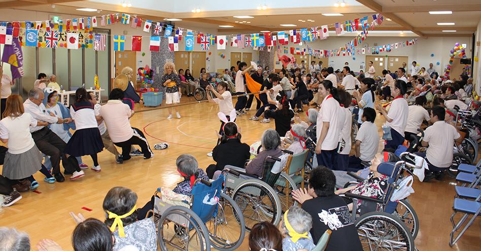 はっぴー園運動会の様子です。すごい盛り上がり!,社会福祉法人恵会,はっぴー園,鹿児島,デイサービス